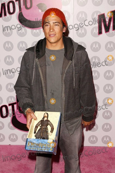 Andrew Keegan Photo - Andrew Keegan at Motorola's 5th Anniversary Party for Toys for Tots, Private Location, Culver City, CA 12-05-03