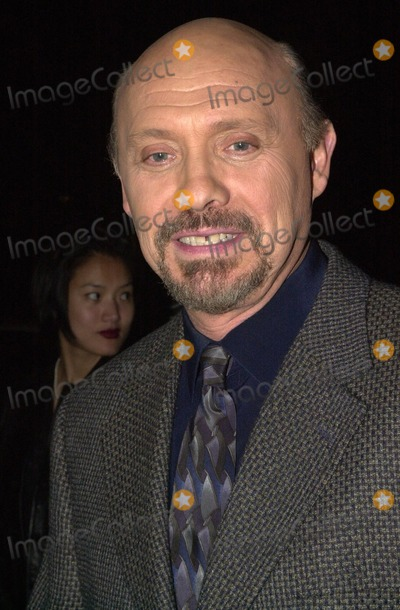 Hector Elizondo Photo -  Hector Elizondo at A Night At Sardis, benefitting Alzheimers Research, Beverly Hills, 03-01-00