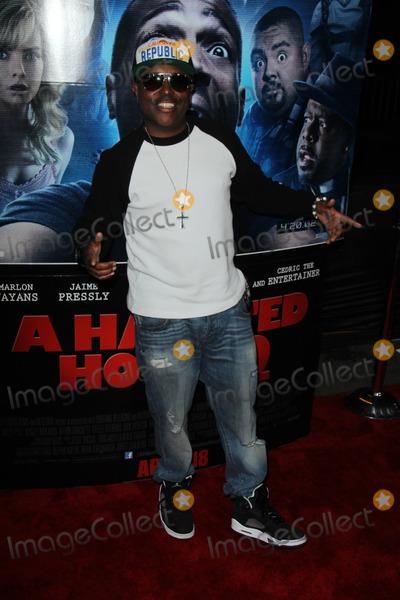 "Alex Thomas Photo - Alex Thomas at ""A Haunted House 2"" World Premiere, Regal Cinemas, Los Angeles, CA 04-16-14"