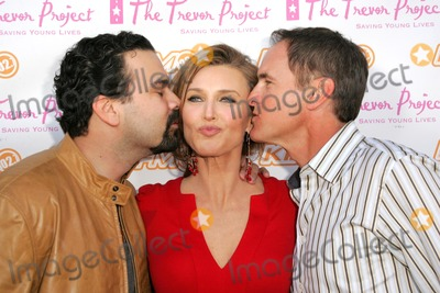 Brenda Strong, Mark Moses, Ricardo Chavira, Teairra Marí Photo - Ricardo Chavira with Brenda Strong and Mark Moses