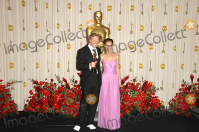 Anthony Dod Mantle, Natalie Portman, DOD MANTLE Photo - Anthony Dod Mantle and Natalie Portmanin the Press Room at the 81st Annual Academy Awards. Kodak Theatre, Hollywood, CA. 02-22-09