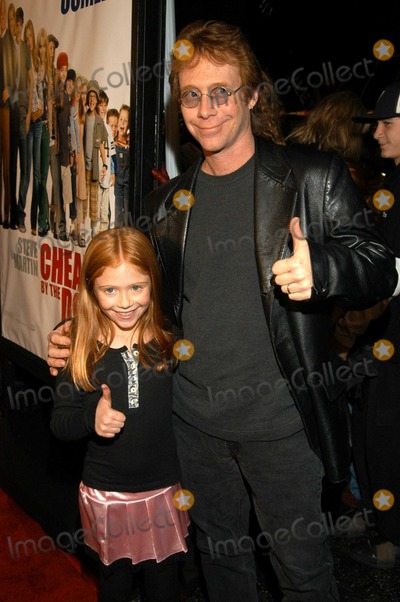 "Billy Mumy Photo - Billy Mumy and daughter Lilliana Mumy at World Premiere of ""Cheaper by the Dozen"", Mann's Grauman Chinese, Hollywood, Calif., 12-14-03"