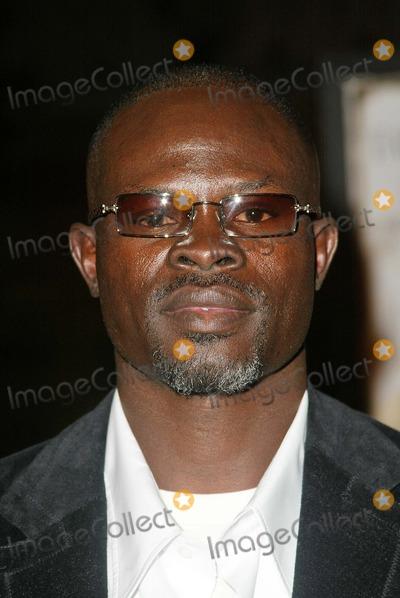 "Djimon Hounsou Photo - Djimon Hounsou at the world premiere of Warner Bros. ""Alexander"" at the Chinese Theater, Hollywood, CA 11-16-04"