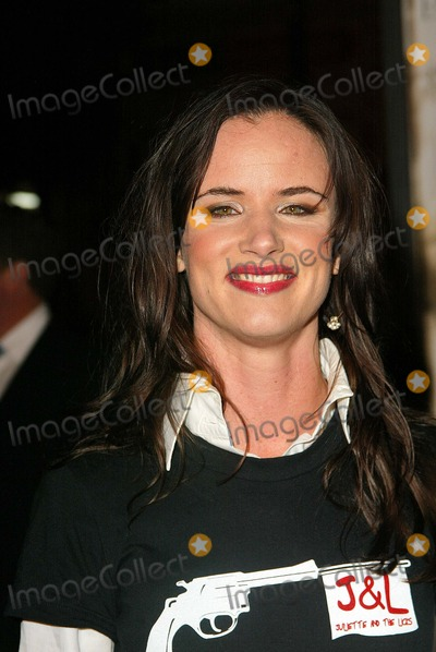 """Juliette Lewis Photo - Juliette Lewis at the world premiere of Warner Bros. """"Alexander"""" at the Chinese Theater, Hollywood, CA 11-16-04"""