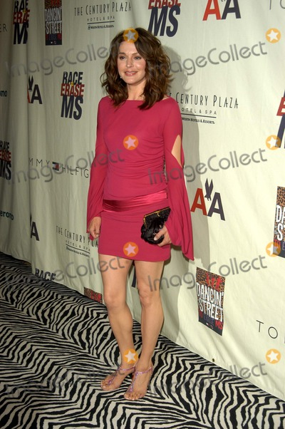 Jane Leeves Photo - Jane Leeves at the 10th Annual Race To Erase MS, Century Plaza Hotel, Century City, CA 05-09-03