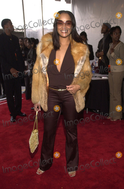 Arnelle Simpson, Train Photo -  Arnelle Simpson at the 15th Annual Soul Train Music Awards, Shrine Auditorium, 02-28-01
