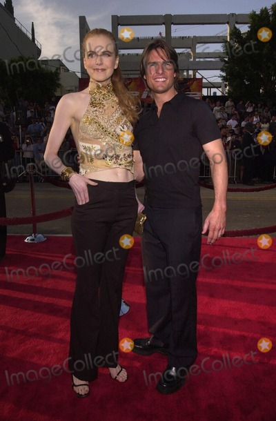 """Nicole Kidman, Tom Cruise Photo -  Nicole Kidman and Tom Cruise at the premiere of Paramount Picture's """"MISSION IMPOSSIBLE 2"""" in Hollywood, 05-18-00"""