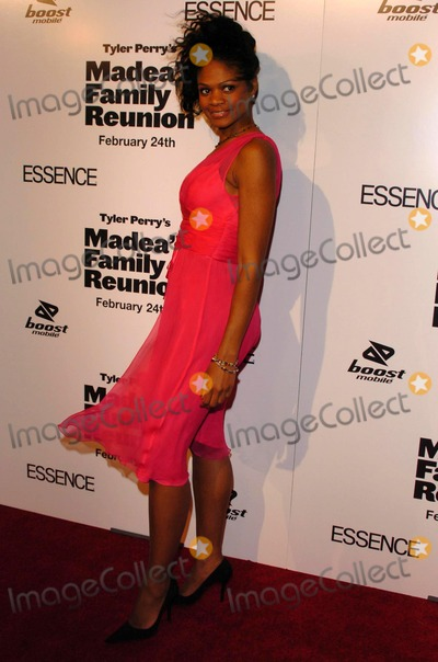 photos and pictures kimberly elise at the premiere of madea 39 s family reunion arclight. Black Bedroom Furniture Sets. Home Design Ideas