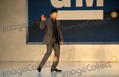 Mario Lopez Photo - Mario Lopezinside at the 2006 GM TEN Fashion Show. Paramount Studios, Hollywood, CA. 02-20-07