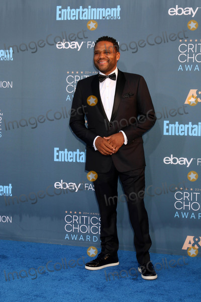Anthony Anderson Photo - Anthony Anderson at the 22nd Annual Critics' Choice Awards, Barker Hanger, Santa Monica, CA 12-11-16