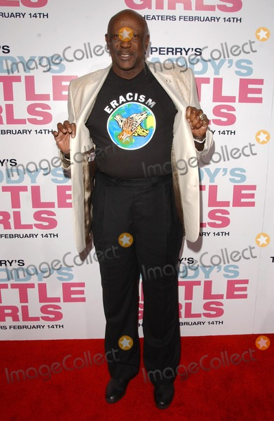 """Louis Gossett Jr, Louis Gossett Jr., Louis Gossett, Jr, Louis Gossett, Jr. Photo - Louis Gossett Jr.at the premiere of """"Daddy's Little Girls"""". Cinerama Dome, Hollywood, CA. 02-07-07"""