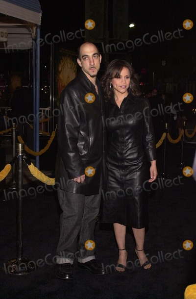 "Rosie Perez, Anna Maria Perez de Taglé Photo -  Rosie Perez and husband Seth Rosenfeld at the premiere of Dreamwork's ""THE ROAD TO EL DORADO"" in Westwood, 03-29-00"