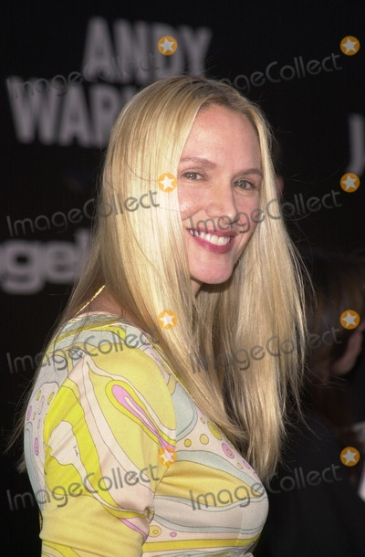 Kelly Lynch, Andy Warhol Photo - Kelly Lynch at the Museum of Contemporary Art's opening gala for their Andy Warhol exhibit, Los Angeles, 05-22-02