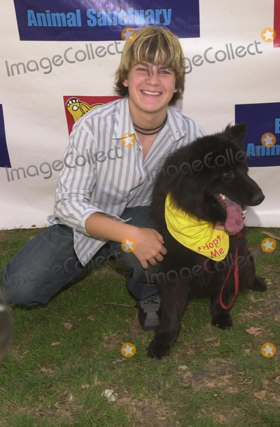 Josh Wise, Johnny Carson Photo - Josh Wise at the Best Friends Animal Sanctuary Pet Adoption Festival, at Johnny Carson Park, Burbank, CA 09-14-02