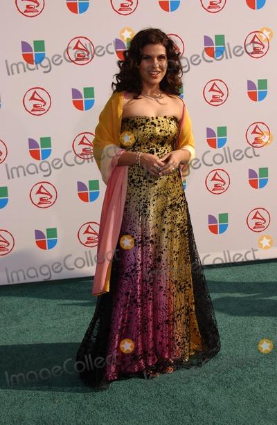 Aline Barros, Grammy Awards Photo - Aline Barrosat the 6th Annual Latin Grammy Awards. Shrine Auditorium, Los Angeles, CA. 11-03-05