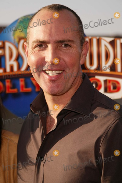 """Arnold Vosloo Photo - Arnold Vosloo at the Grand Opening of Universal's """"Revenge of the Mummy - The Ride,"""" Universal Studios, Universal City, CA 06-24-04"""