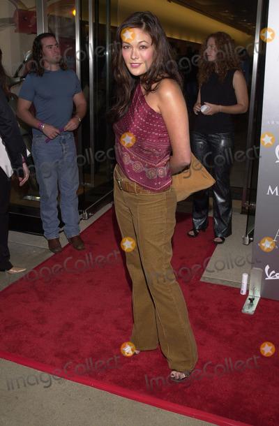 Lindsay Price Photo -  LINDSAY PRICE at the Armani Santa Monica's 10th Anniversary Party, Santa Monica Promenade,  08-23-01