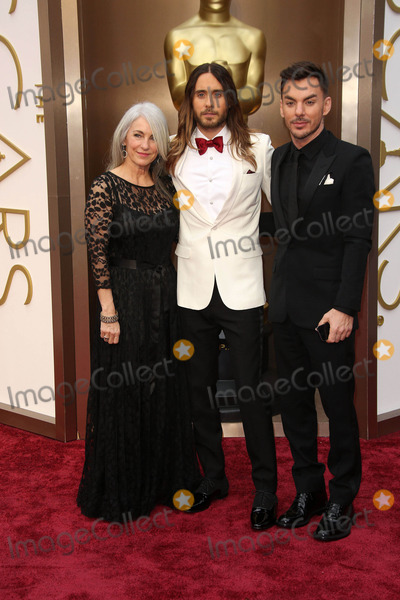 Jared Leto Photo - Jared Leto and parents at the 86th Annual Academy Awards Arrivals, Hollywood & Highland, Hollywood, CA 03-02-14