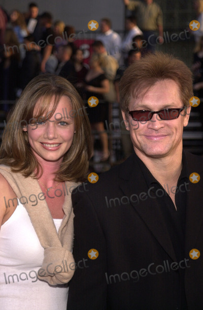 """Andrew Stevens Photo -  Andrew Stevens and wife at the premiere of Warner Brother's """"Driven"""" at the Chinese Theater, Hollywood, 04-16-01"""