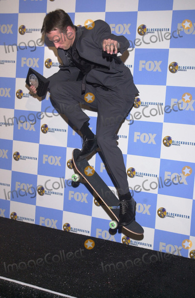 Tony Hawk, TONY HAWKE, Tony Hawks Photo -  Tony Hawk at the 7th Annual Blockbuster Entertainment Awards, Shrine Auditorium, Los Angeles, 04-10-01