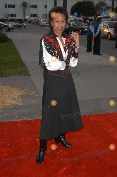 Altovise Davis Photo - Altovise Davis at the 50th Annual SHARE Boomtown Party, Santa Monica Civic Auditorium, Santa Monica, CA 05-17-03