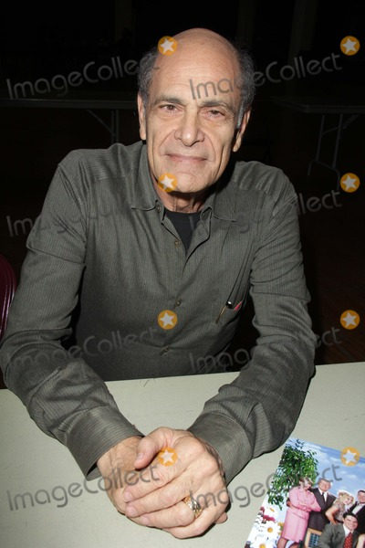 Alan Rachins Photo - Alan Rachins at the Los Angeles Comic Book and Science Fiction Convention featuring stars from Star Trek and The Outer Limits, in honor of it's 50th  Anniversary, Shrine Auditorium, Los Angeles, CA 08-18-13
