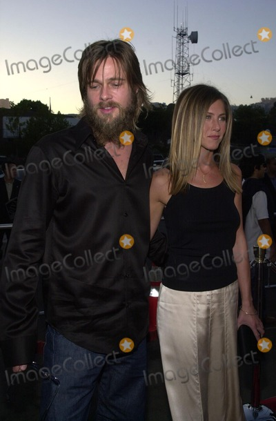"Brad Pitt, Jennifer Aniston Photo - Brad Pitt and Jennifer Aniston at the premiere of Fox Searchlight's ""The Good Girl"" at the Pacific Design Center, West Hollywood, CA 08-07-02"