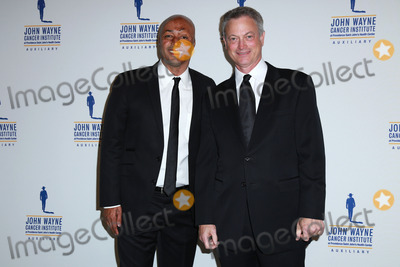 Gary Sinise, J R Martinez, J. R. Martinez, J.R. Martinez, John Wayne, JR Martinez Photo - J.R. Martinez, Gary Sinise at the 30th Annual John Wayne Odyssey Ball, Beverly Wilshire Hotel, Beverly Hills, CA 04-11-15