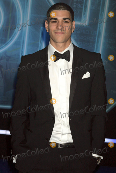"Anis Cheurfa Photo - Anis Cheurfa at the ""TRON: Legacy"" Los Angeles Premiere, El Capitan, Hollywood, CA. 12-11-10"