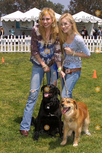 """A. J. Michalka, A.J. Michalka, AJ Michalka, Aly Michalka, Alyson """"Aly"""" Michalka, Alyson Aly Michalka, Amanda """"A J"""" Michalka, Amanda """"A. J."""" Michalka, Amanda """"A.J."""" Michalka, Amanda A J Michalka, Amanda A. J. Michalka, Amanda A.J. Michalka, AJ. Michalka, Ali Farka Touré Photo - Alyson (Aly) Michalka and Amanda (A.J.) Michalka at the Nuts For Mutts Dog Show, Pierce College, Woodland Hills, CA. 04-30-06"""
