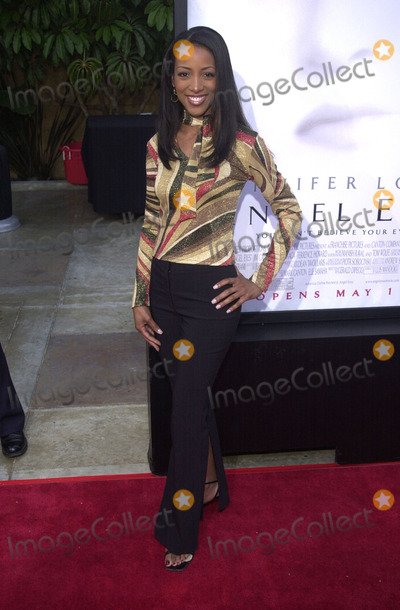 """Shaun Robinson, Angel Eyes, Shaune Robinson Photo -  Shaun Robinson at the premiere of Warner Brother's """"Angel Eyes"""" at the Egyptian Theater, Hollywood, 05-15-01"""