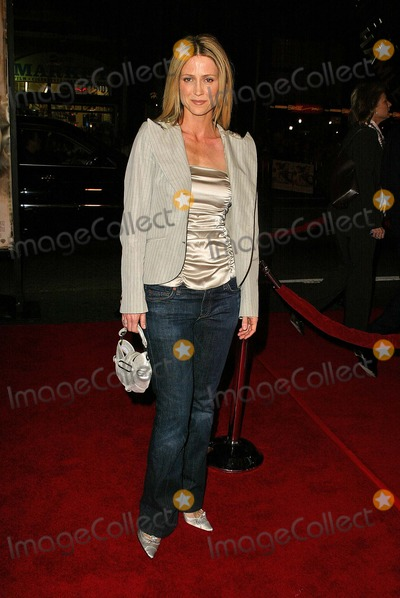"Kelly Rowan Photo - Kelly Rowan at the world premiere of Warner Bros. ""Alexander"" at the Chinese Theater, Hollywood, CA 11-16-04"