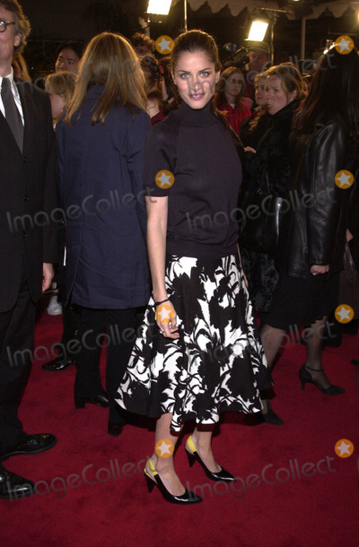 """Amanda Peet, Amanda Peete Photo -  Amanda Peet at the premiere of Columbia Pictures """"Saving Silverman"""" at Mann's Village Theater, Westwood, 02-07-01"""