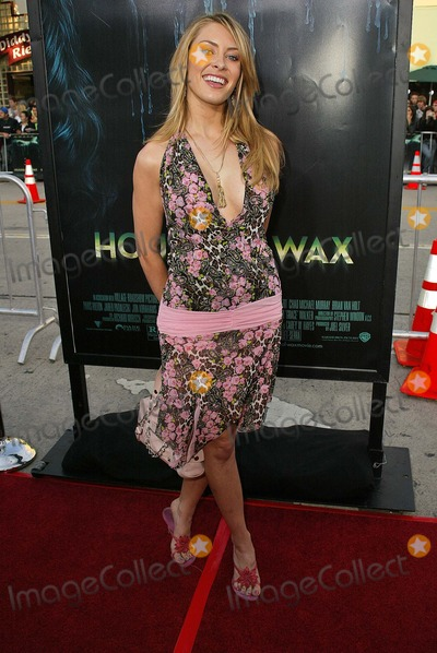 """Bobbi Sue Luther, Maná Photo - Bobbi Sue Luther at the premiere of Warner Bros. """"House of Wax"""" at Mann Village Theater, Westwood, CA 04-26-05"""