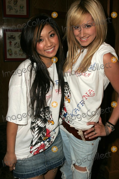 Brenda Song And Ashley Tisdale Photos and Pict...