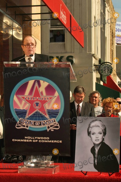 Bob Newhart, Suzanne Pleshette, The Ceremonies Photo - Bob Newhart at the Ceremony Posthumously Honoring Suzanne Pleshette with a star on the Hollywood Walk of Fame. Hollywood Boulevard, Hollywood, CA. 01-31-08