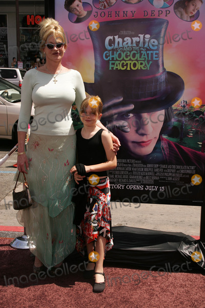 """Melanie Griffith, Melanie Griffiths Photo - Melanie Griffith and daughter at the world premiere of Warner Bros. """"Charlie and the Chocloate Factory,"""" Grauman's Chinese Theater, Hollywood, CA 07-10-05"""