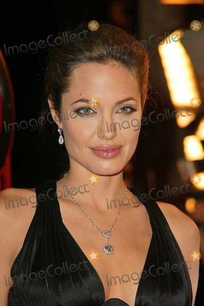 "Angelina Jolie, ANGELINA JOLIE, Photo - Angelina Jolie at the world premiere of Warner Bros. ""Alexander"" at the Chinese Theater, Hollywood, CA 11-16-04"