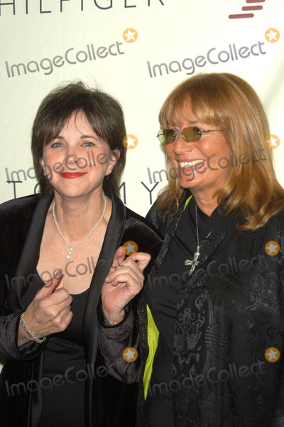 Cindy Williams, Penny Marshall Photo - Cindy Williams and Penny Marshall at the 10th Annual Race To Erase MS, Century Plaza Hotel, Century City, CA 05-09-03