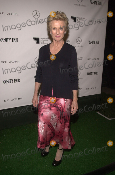 Cloris Leachman Photo -  Cloris Leachman at the Motion Picture and Television Fund's 80th Anniversary, MPTF Campus, Woodland Hills, 10-06-01