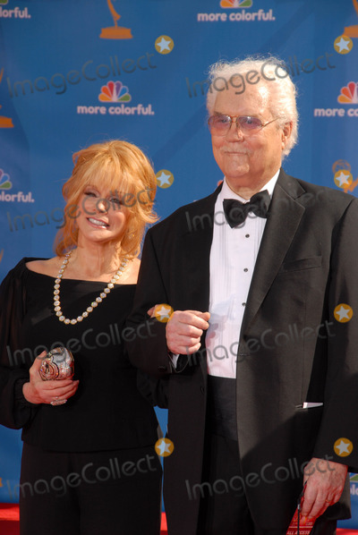 Ann-Margret, Roger Smith Photo - Ann-Margret and Roger Smith at the 62nd Annual Primetime Emmy Awards, Nokia Theater, Los Angeles, CA. 08-29-10