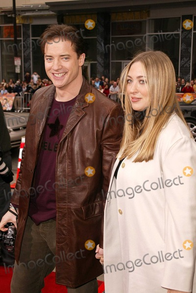 """Brendan Fraser Photo - Brendan Fraser and wife Afton at the World Premiere of Warner Bros. """"Looney Tunes Back In Action"""" at the Chinese Theater, Hollywood, CA 11-09-03"""
