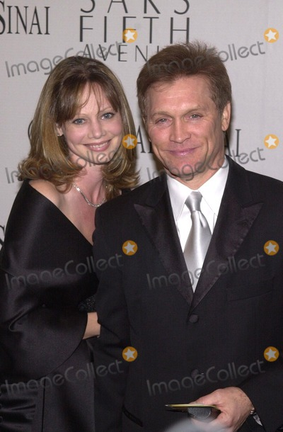 "Andrew Stevens, Elton John Photo - Andrew Stevens and wife at the ""Unforgettable Evening"" honoring Elton John, Beverly Hills, 03-26-02"