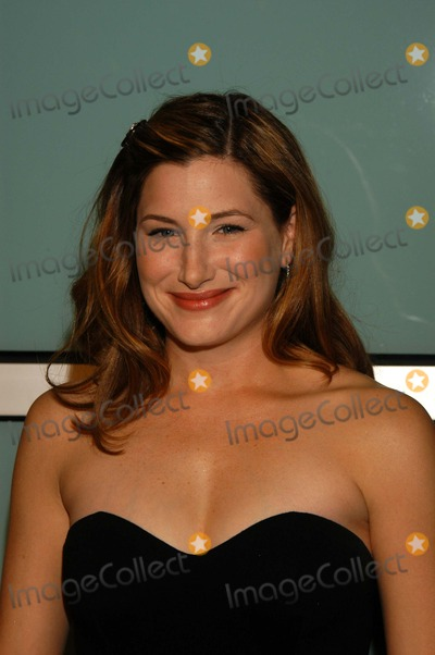 """Kathryn Hahn Photo - Kathryn Hahn at the premiere of Paramount Picture's """"How To Lose A Guy In 10 Days"""" at the Cinerama Dome, Hollywood, CA 01-27-03"""