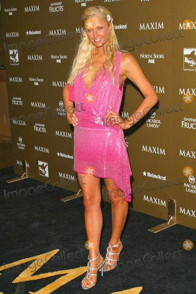 Paris Hilton Photo - Paris Hilton at the Maxim Hot 100 Party at the Hard Rock Hotel & Casino, Las Vegas, Nevada 06-12-04