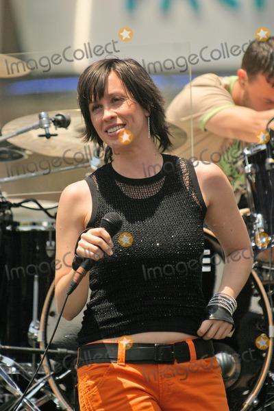 Alanis Morissette - Wikipedia