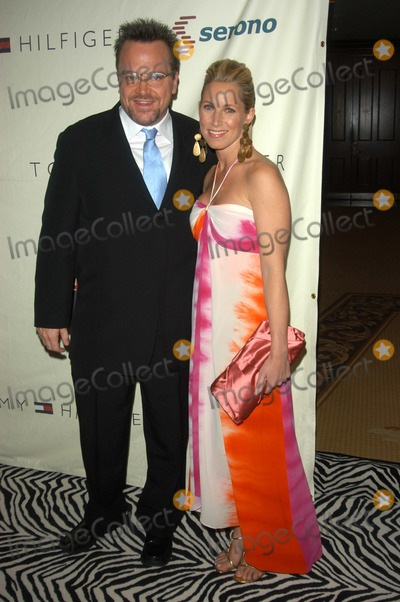 Tom Arnold Photo - Tom Arnold and wife Shelby at the 10th Annual Race To Erase MS, Century Plaza Hotel, Century City, CA 05-09-03