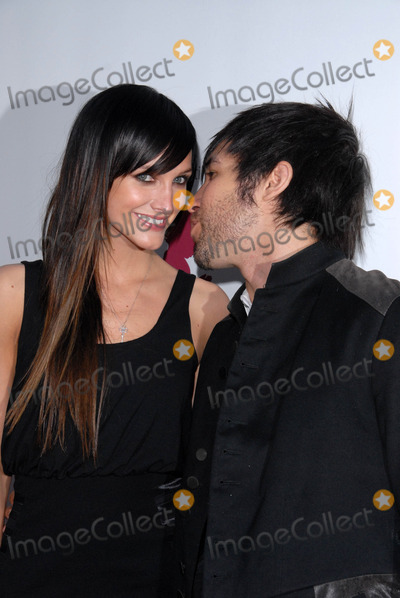 Ashlee Simpson, Ashlee Simpson Wentz, Ashlee Simpson-Wentz, Pete Wentz Photo - Ashlee Simpson-Wentz and Pete Wentz