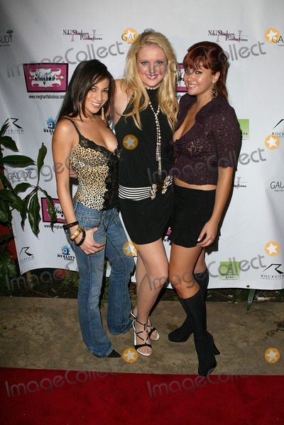 Anna Chudoba, Anna Maria Perez de Taglé Photo - Scarlet Garcia with Erika Rumsey and Anna Chudoba