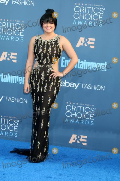 Ariel Winter Photo - Ariel Winter at the 22nd Annual Critics' Choice Awards, Barker Hanger, Santa Monica, CA 12-11-16